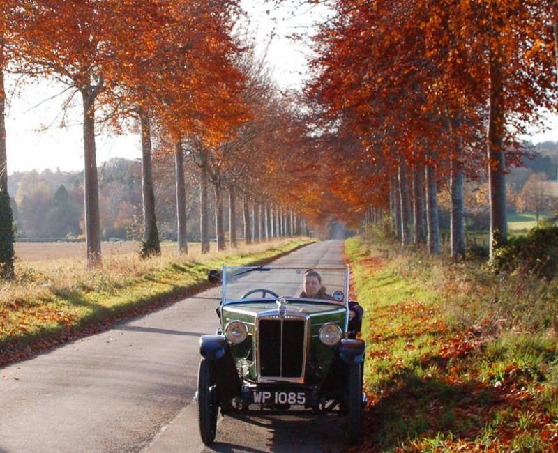 WP 1085 1932 Minor Saloon Autumn 2012